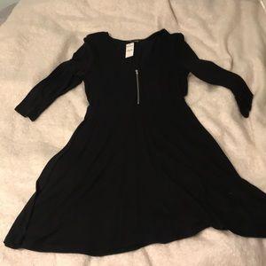 Brand new black dress mid sleeves zipper front